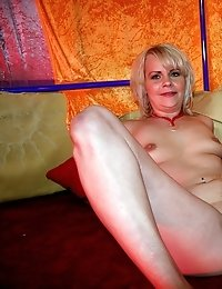 Horny senior gets dirty with a real mature window hooker