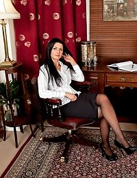 Office babe Sienna Richardson slips off her business dress
