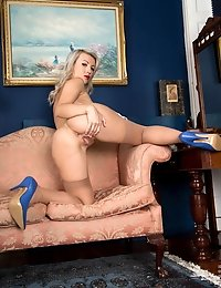 Blonde MILF bends over and spreads her pretty pink pussy wide open